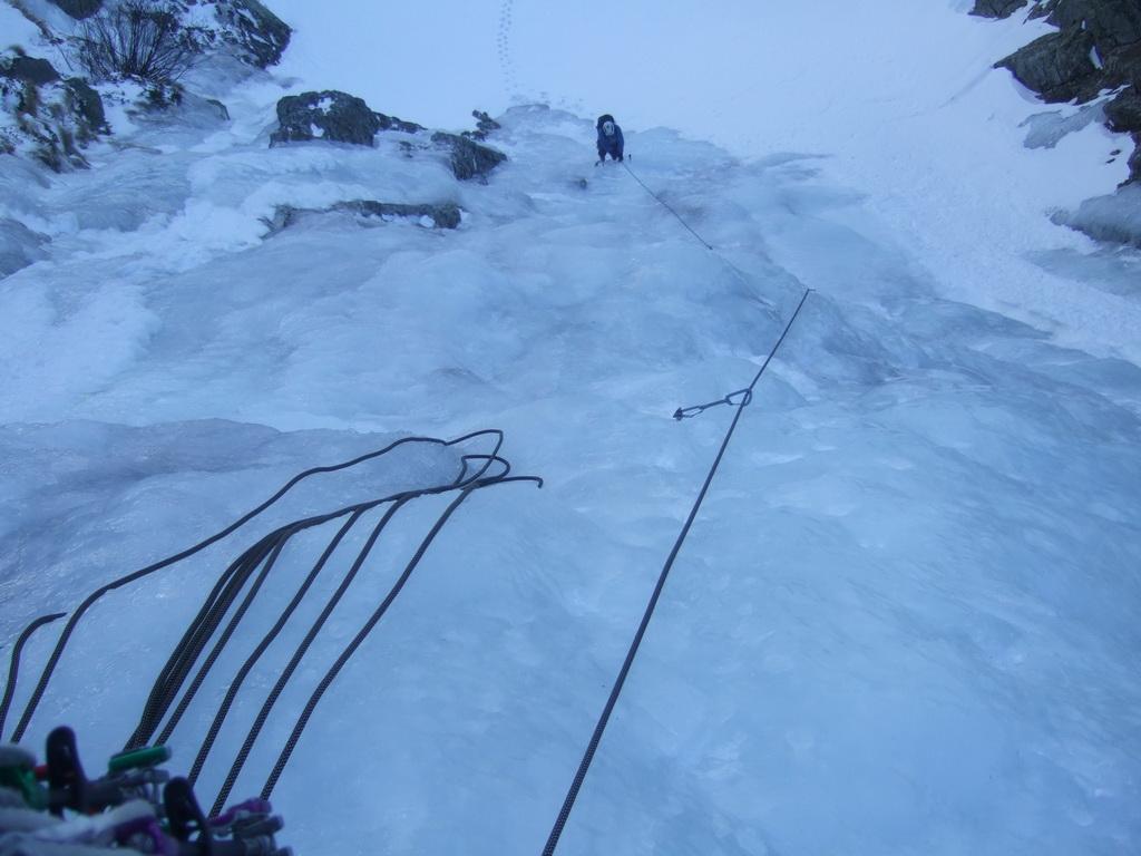 strassnig.atbergsporteiskletterneisklettern am mont